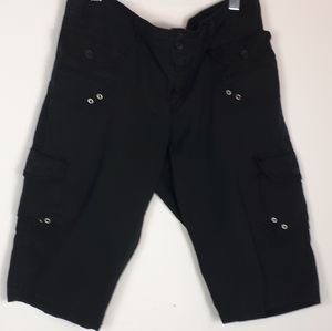 Road Runner  Apperal jeans  black shorts